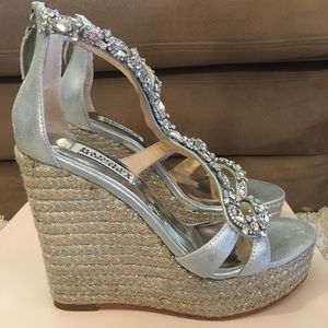 Badgley Mischka Jewel Wedges